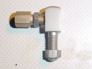 BO 023 A, BOWDEN CONTROL, ADJ BLOCK.          Original old stock. Adequate condition. Nickel plated.